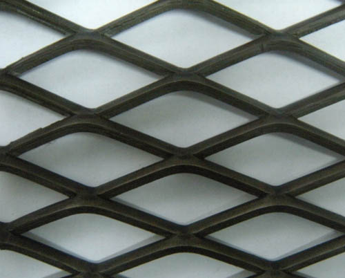 Medium and heavy expanded metal mesh